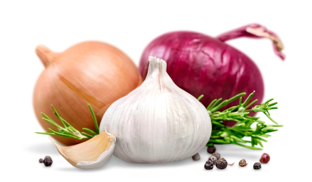 Garlic and onion – although smelly but very important ingredients for hair care.