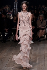 Rose Quartz and Serenity - Color of the year 2016 and fashion: Alexander McQueen - Spring/ Summer 2016