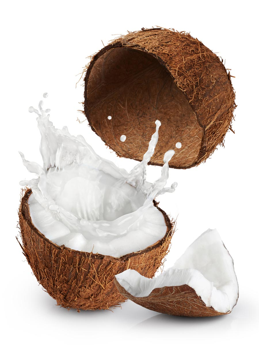 Coconut milk mask renews scalp cells and adds shine to hair.